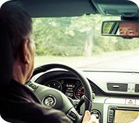 Män kör bil bättre än kvinnor - eller?